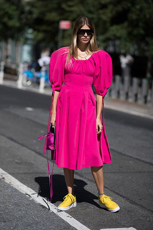 Уличная мода Нью-Йорка во время показов весна/лето 2018 - фото 43