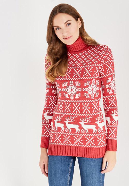 Девушка в красном свитере со снежинками и оленями