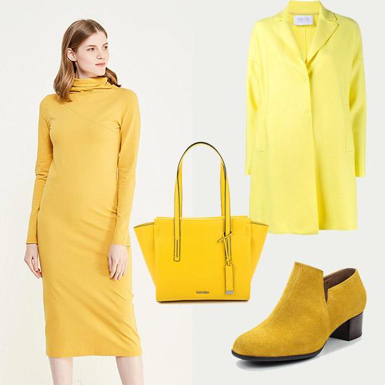Лук с моделью в желтом платье, плащ, желтая сумка и ботинки на малегьком каблуке