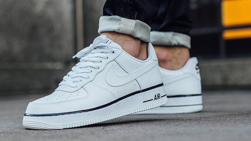 Белые кеды Nike Air Force 1
