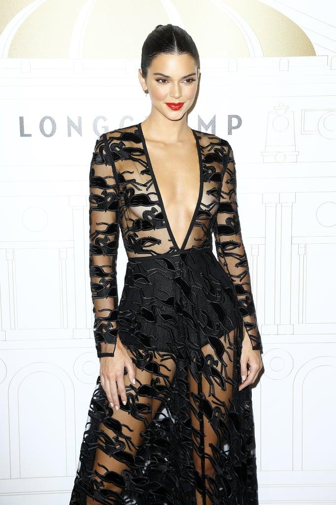Кендалл Дженнер в черном прозрачном платье макси