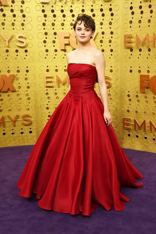 Джои Кинг в платье Zac Posen, во время 71 церемонии вручения премии Эмми