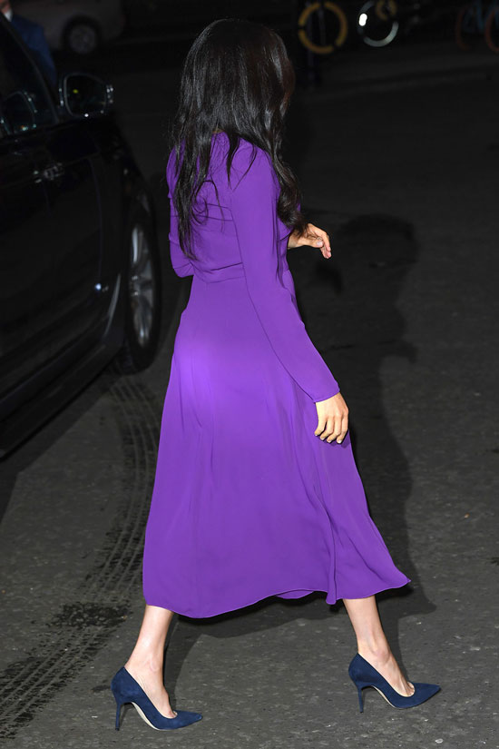 Меган Маркл в фиолетовом платье за 138 долларов и темно-синих лодочках