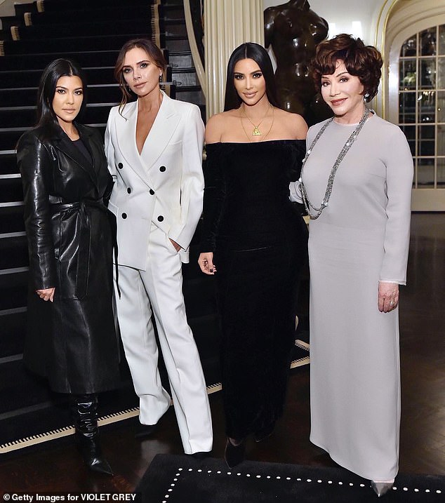 Ким и Кортни Кардашян и Виктория Бекхем в вечерних образах