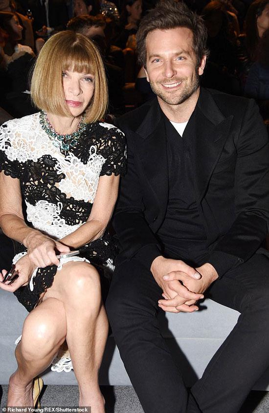 Анна Винтур и Бредли Купер на модном показе