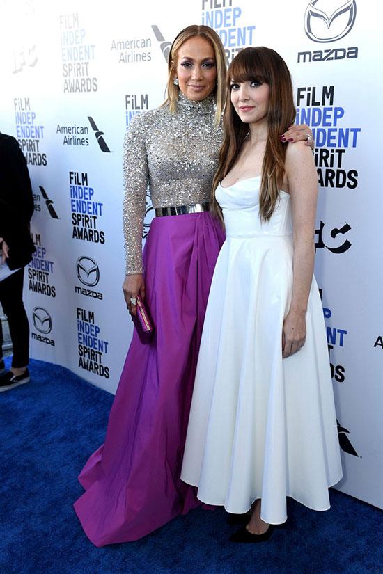 Дженнифер Лопес в двуцветном платье от Valentino