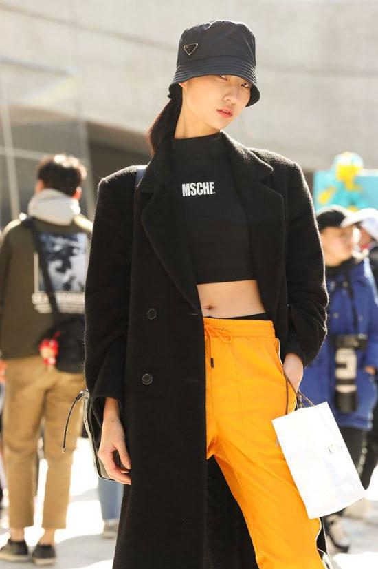 Стильные и модные женские пальто весной 2020