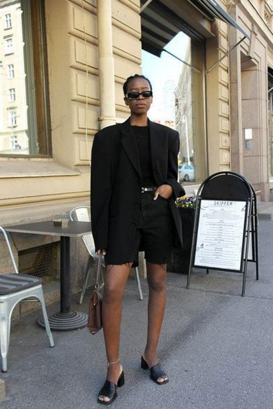 Как стильно носить черный женский пиджак