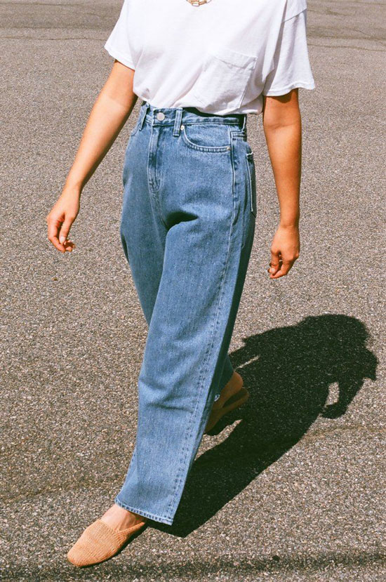 Стильные джинсы для женщин на весну 2020
