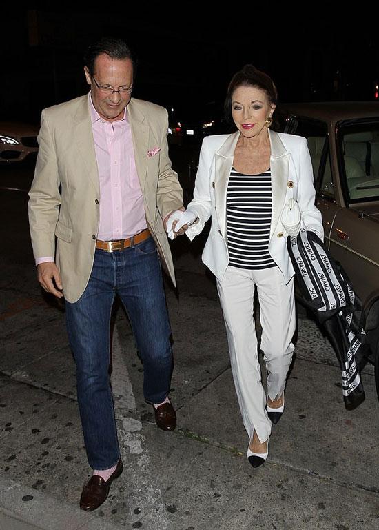 Джоан Коллинз в белом костюме и черно-белых туфлях