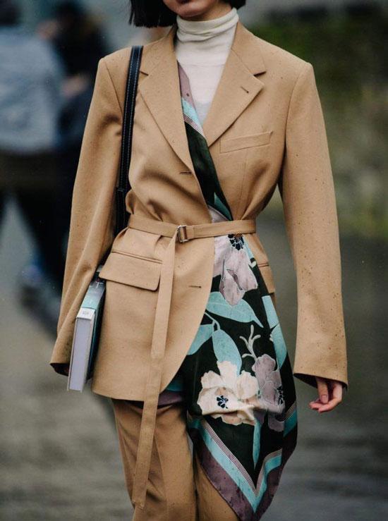 Как модно носить платок