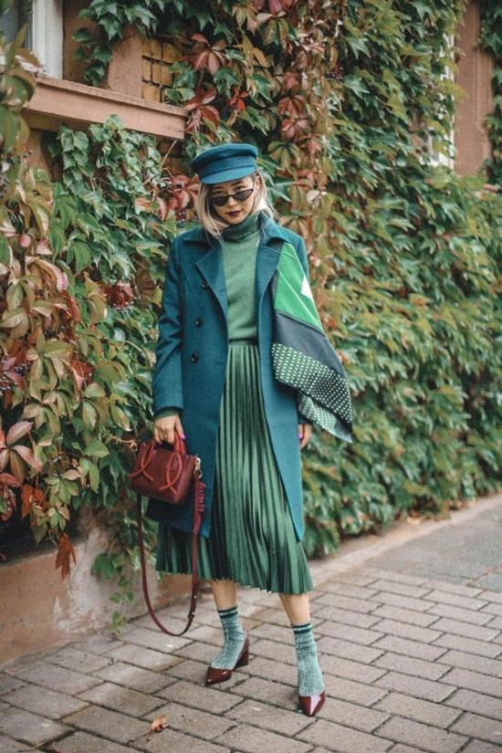 Как женщинам красиво и модно носить платок