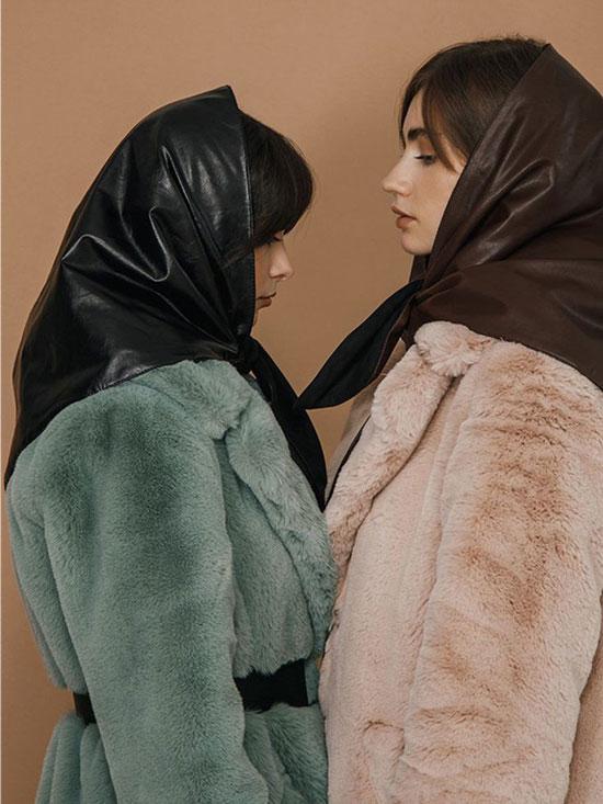 Как носить платок на голове с пальто