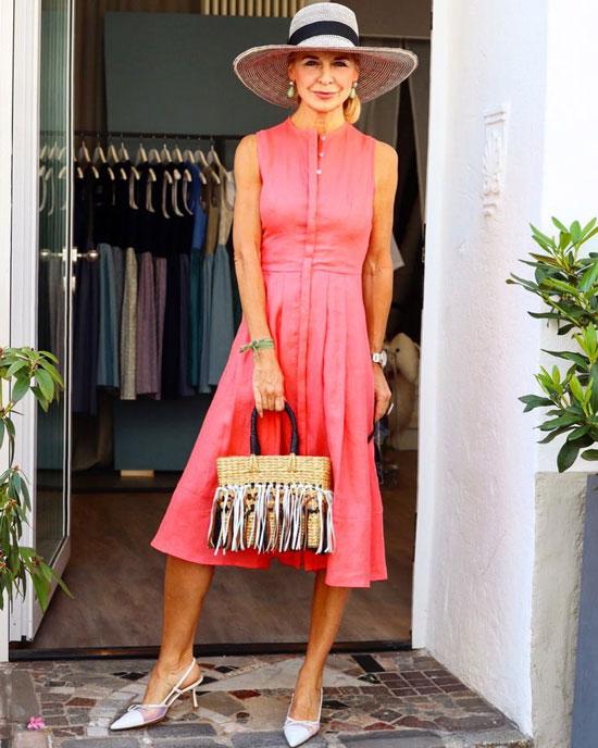 Актуальные летние платья для женщин 50 лет