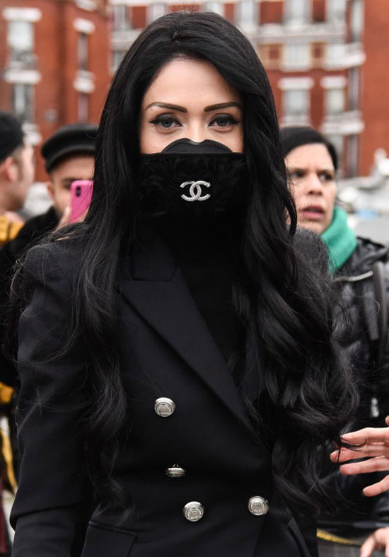 Мода на медицинские маски 2020