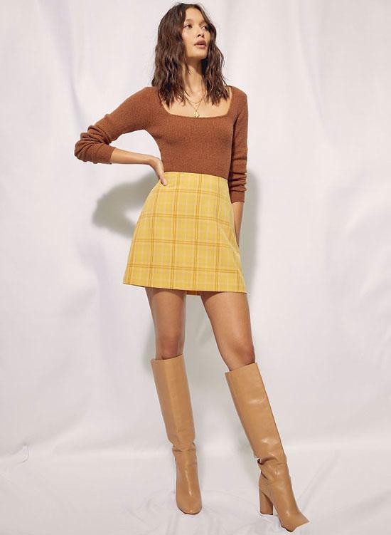 Короткая юбка-трапеция на весну 2020