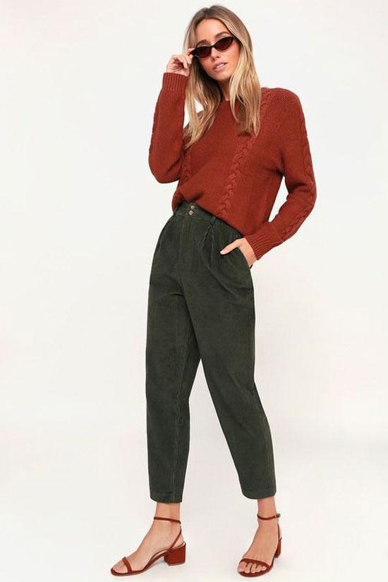 С чем носить женские зеленые брюки