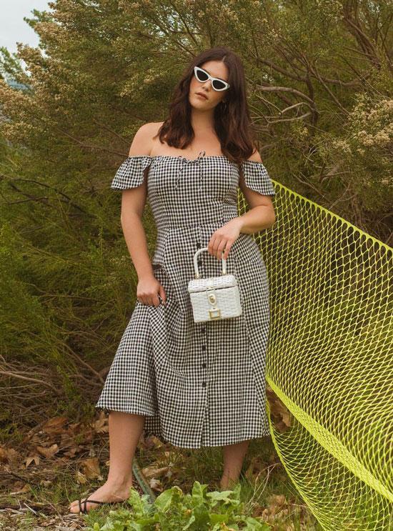 Красивые платья для полных женщин 2020
