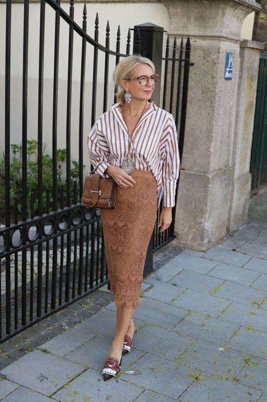 Стильные и модные образы для женщин 50 лет