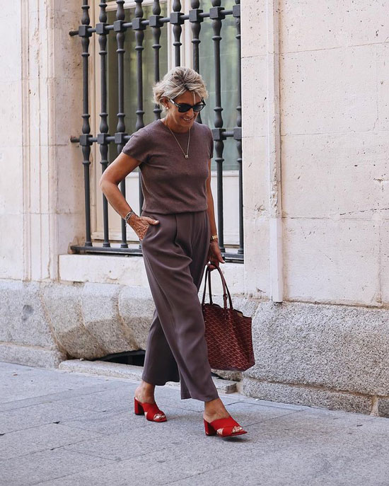 Базовый гардероб для 50-летней женщины