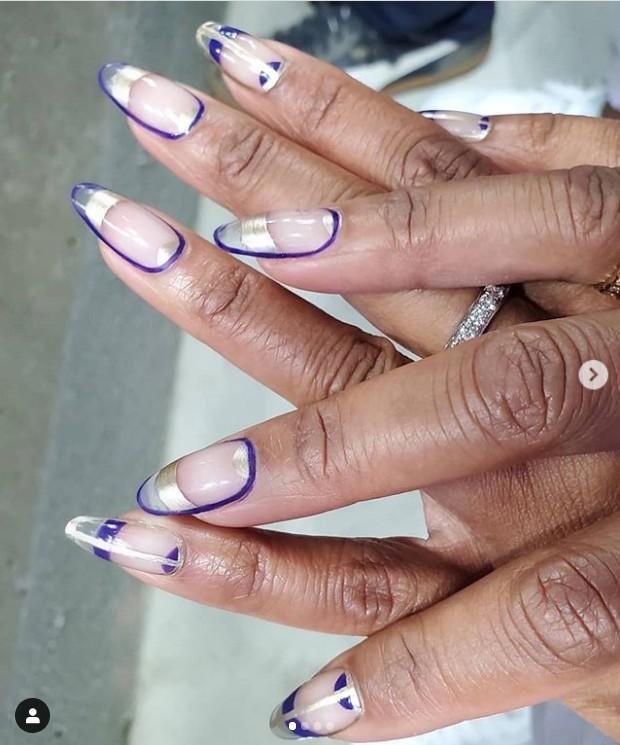 Серебристый френч с фиолетовой обводкой на длинных ногтях