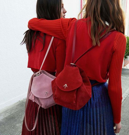 Как носить женский рюкзак