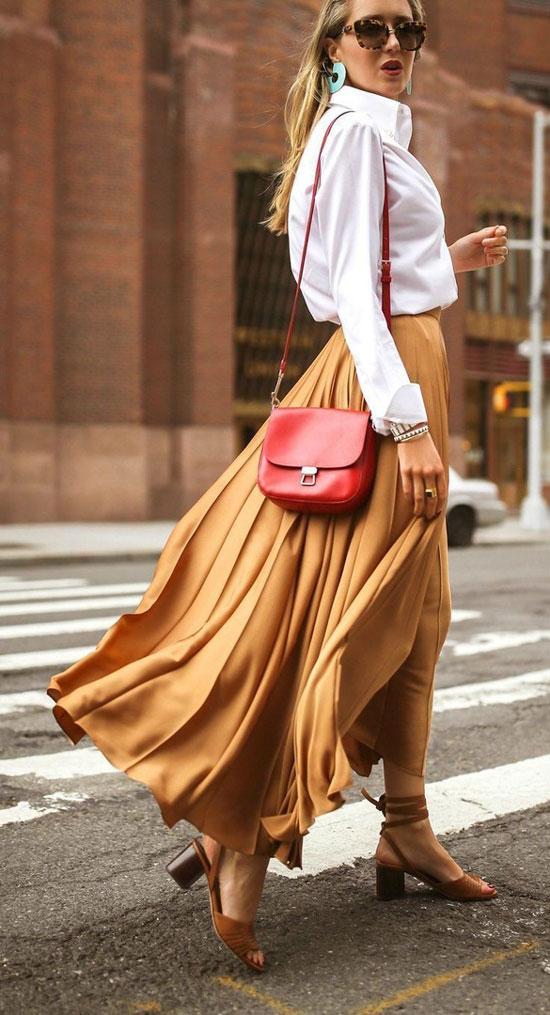 Как элегантно носить длинную юбку летом 2020