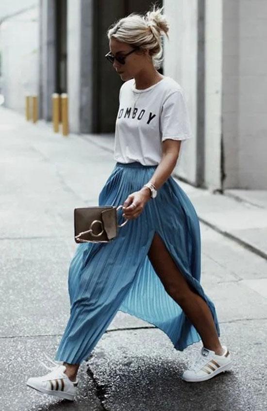 Как сочетать длинную юбку с кроссовками летом 2020