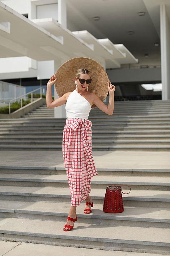 Как стильно выглядеть на летнем курорте 2020