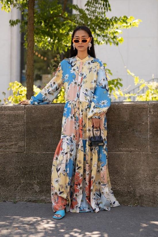 Яркое платье-макси для женщин на лето 2020