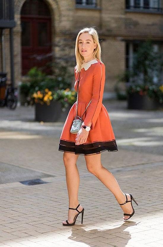 Приталенное платье с пышной юбкой на лето 2020