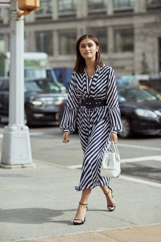 Платье с вертикальной полоской на лето 2020