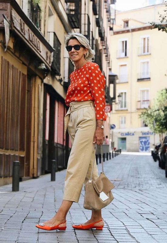 Бежевые летние брюки для женщин за 50