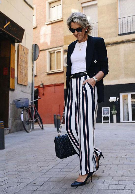 Летние брюки в полоску для женщины 50 лет