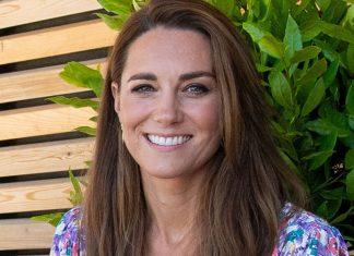 Кейт Миддлтон в красивом цветочном платье и эспадрильях на танкетке выглядит романтично