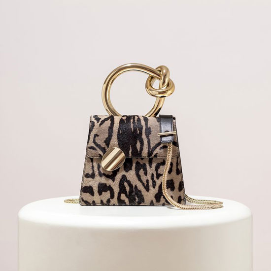 Микро-сумка с леопардовым принтом на лето 2020