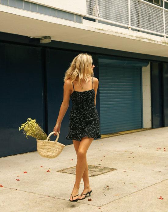 Женская обувь с которой можно носить мини-платья летом 2020