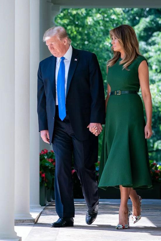 Образы Мелании Трамп с летними платьями