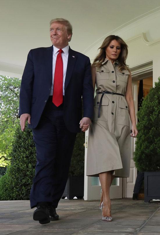 Мелания Трамп в летнем платье в стиле сафари