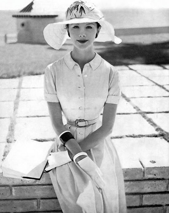 Что носили женщины в 50-е годы