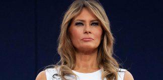 Мелания Трамп в белом платье с необычным принтом о котором сейчас много говорят