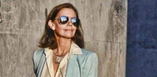 Модные костюмы для женщин за 50: идеи простых и строгих образов на лето