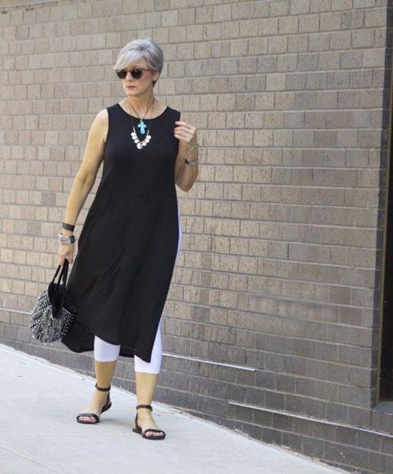Модные образы с туникой на лето для женщин за 50