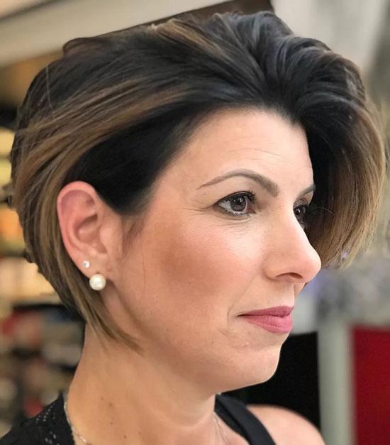 Укладки на короткие волосы для женщин 50 лет