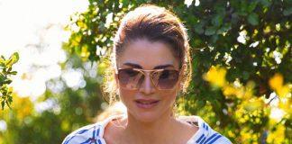 Королева Иордании в блузе в полоску, брюках и ботинках удивляет идеальным вкусом