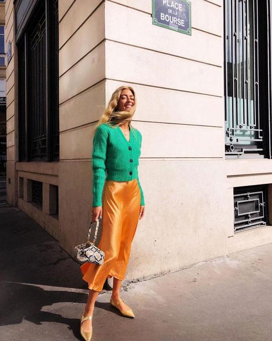 С чем носить атласную юбку-миди летом 2020