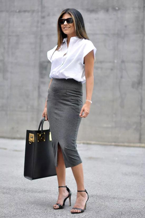Юбка-карандаш и объемная блуза на лето 2020