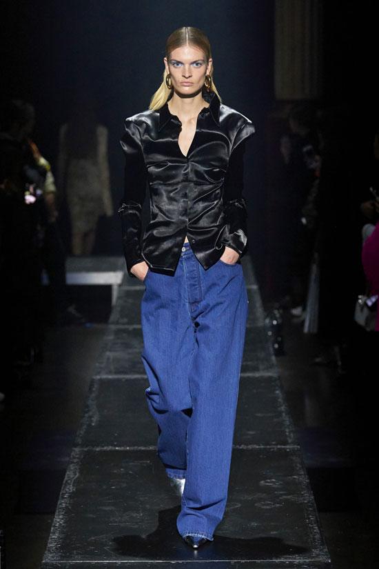 Широкие джинсы на осень 2020