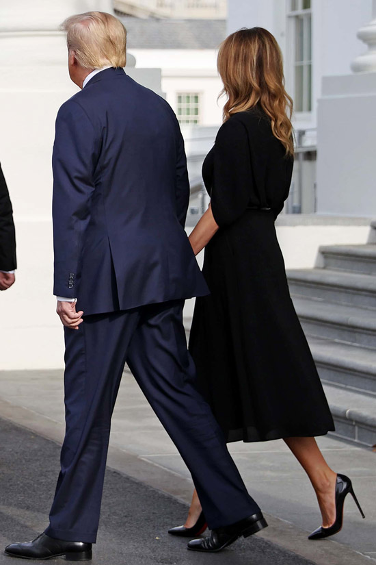 Мелания Трамп в черном платье и лабутенах