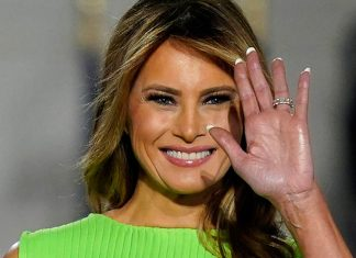 Мелания Трамп в светло зеленом платье и бордовых лабутенах выглядела ярче всех